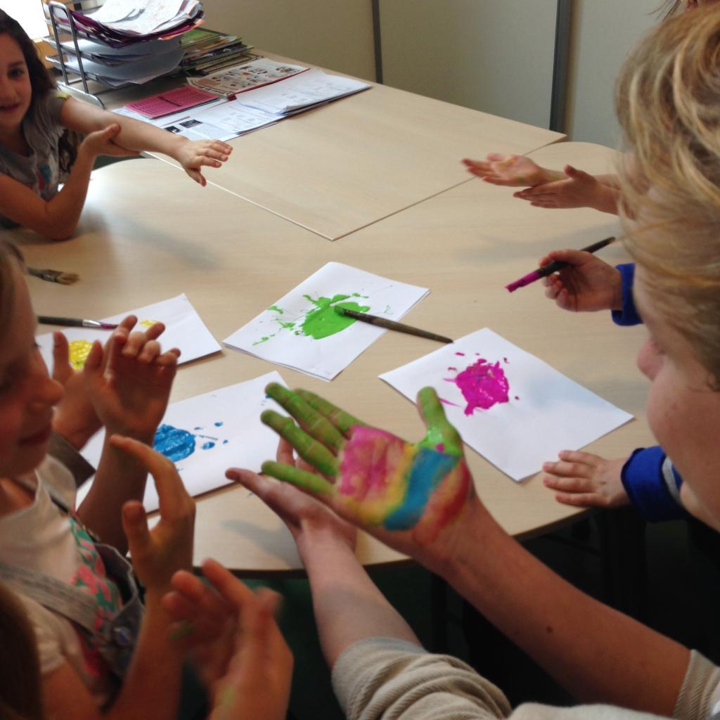 Workshop Stop Pesten Nu met afsluiting verfhandtekening: Ik STOP pesten nu! met Daan Zwierink