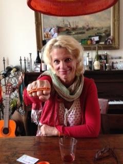 Mary-Lou_van_Stenis zegt Ik STOP pesten nu met oranje bandje tegen pesten