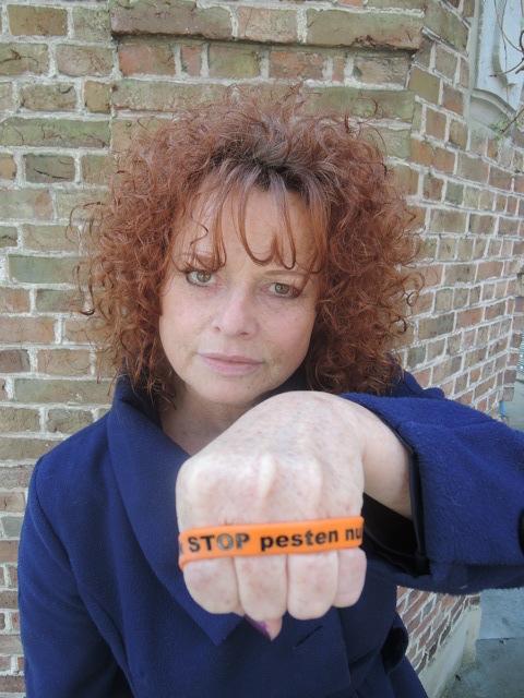 Bettina Berger tegen pesten www.stoppestennu.nl