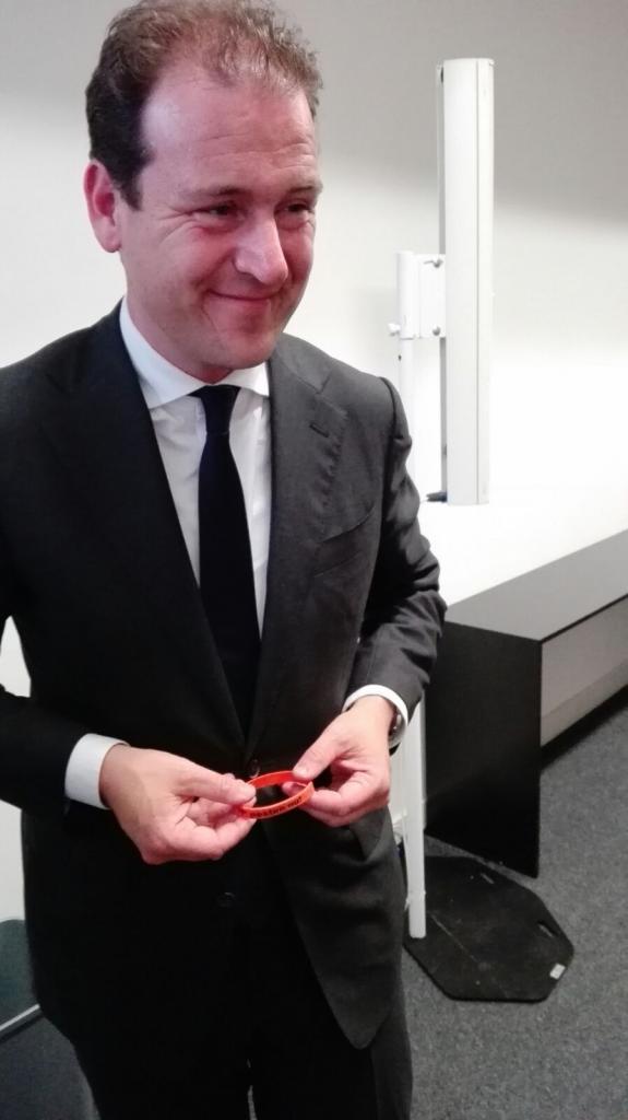 Lodewijk Asscher zegt Stop Pesten Nu