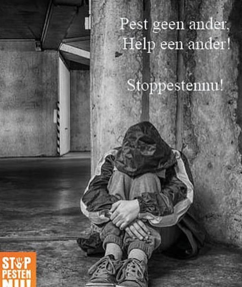 Pest geen ander help een ander. Wees een maatje, geen pestkop. Stop Pesten Nu Held